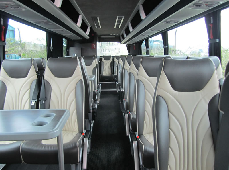 coach-hire-edinburgh-luxury-coach-interior-gangway-900