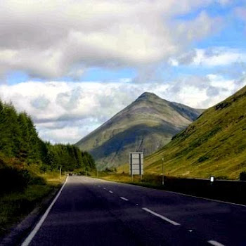 touring scotland by coach